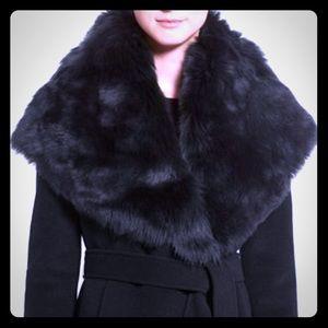 Toscana Shearling Collar Wool / Cashmere Coat